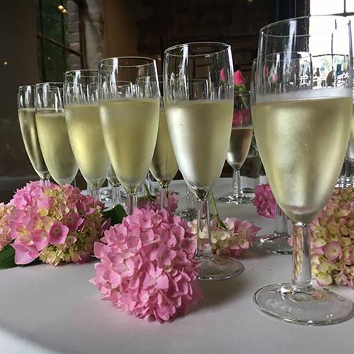 Champagne huwelijk