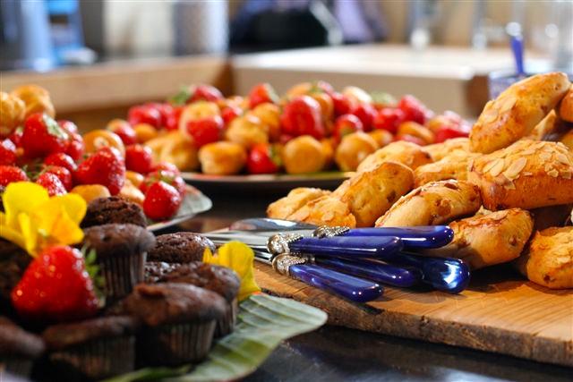 Broodjes en cupcakes heerlijke lunch